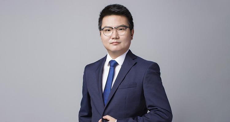 北京股权何萌律师